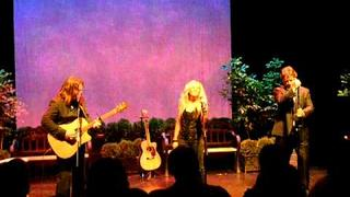 Sadness Of A Woman, Russell Crowe, Alan Doyle & Danielle Spencer, Indoor Garden Party 1