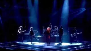 Shakira - Empire (Live The Voice UK )