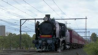 Steam Locomotive K153 and the School Holiday Geelong Flyer Part 1 - Australian Steam Trains