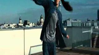 Stephanie Nguyen tancuje v mistři hip hopu