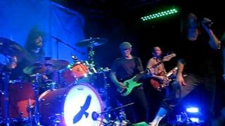 Taylor Hawkins & The Coattail Riders Your Shoes w/Dave Grohl 4-20-10 West Hollywood