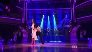 The Bangles - 'Eternal Flame' & 'Walk Like An Egyptian'