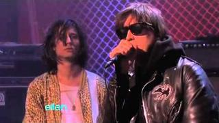 "The Strokes Sing ""Gratisfaction"""