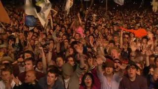 The Verve - Bittersweet Symphony (Live at Glastonbury 2008)[True HD 720p]