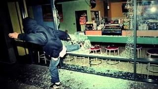 Too Short Ft. E-40, Yukmouth, Zar The Dip - Oakland (Official Video)
