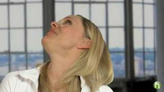 Yoga facial and neck exercises: Firm your neck using face yoga