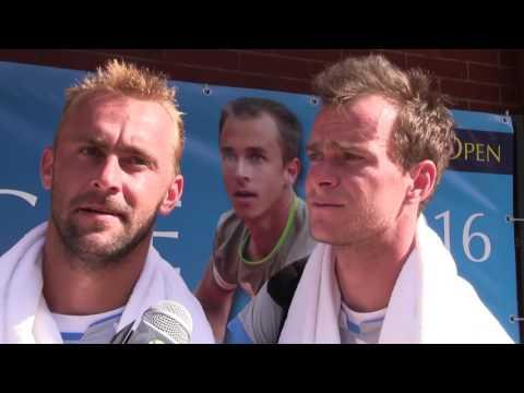 Jan Šátral a Roman Jebavý po postupu do semifinále Sparta Prague Open