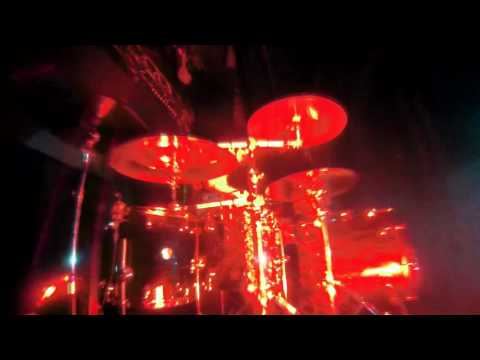 Matthew Lienert drum solo @ Vánoční koncert Nevím 2015