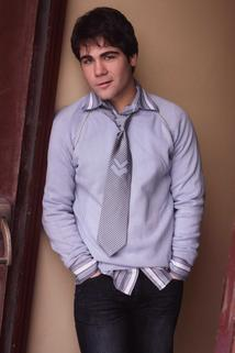 Adrian Roberto