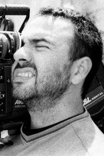 Adrián Caetano