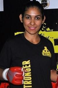 Adriane Alves dos Santos