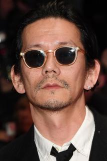 Akira Takayama