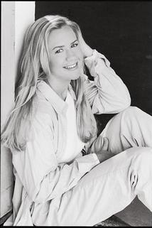 Amy Lynne