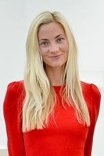 Annika Murjahn Nude Photos 20