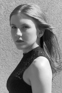 Annika Elyse Irving