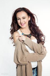 Carly Kirstenová