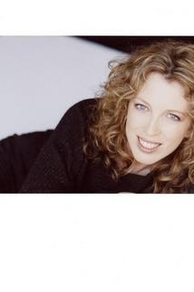 Deanna Raphael
