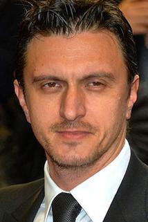 Dragos Savulescu