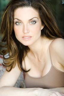 Elena Lyons