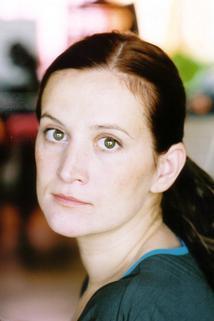 Estelle Larrivaz