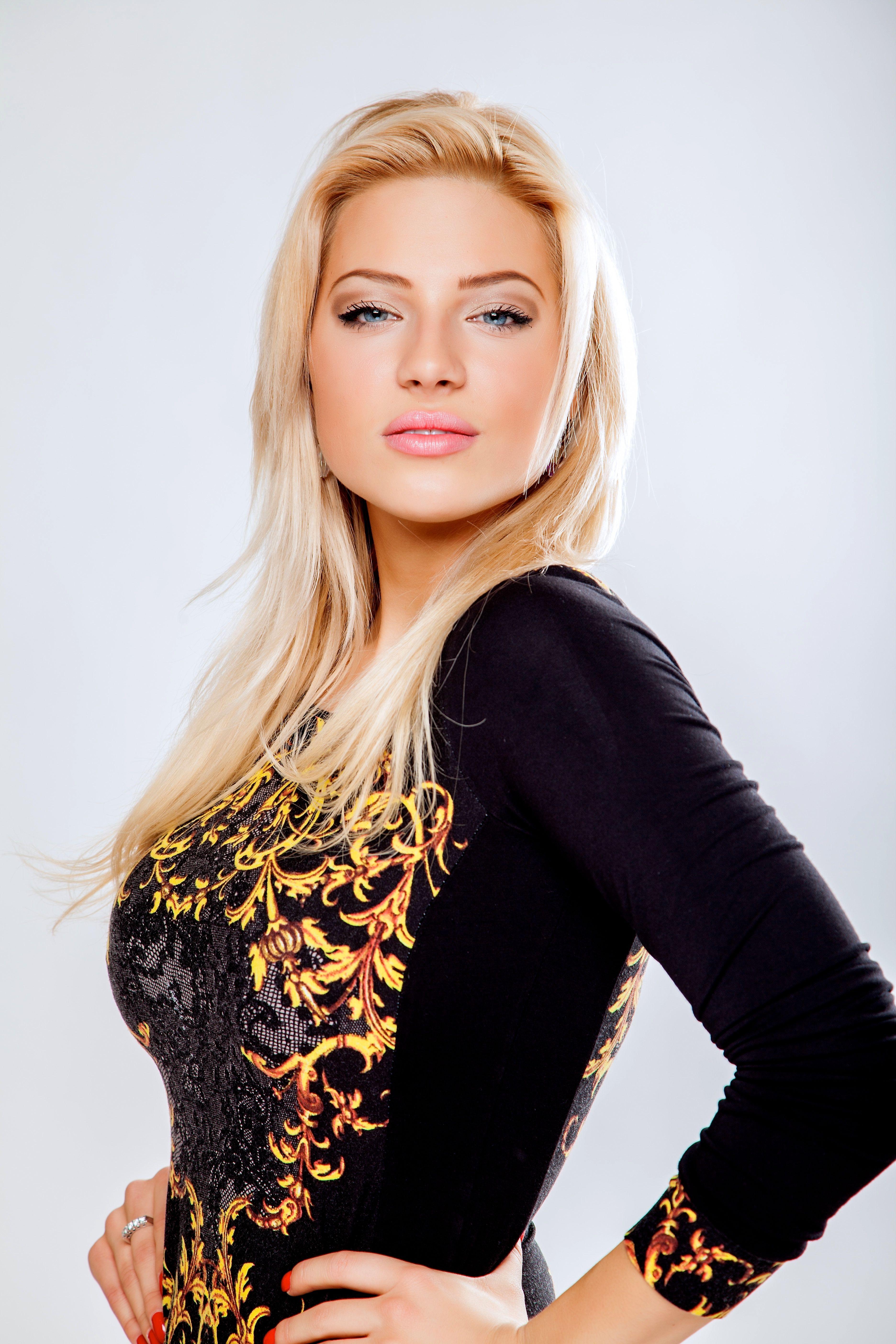 Eva Perkausová