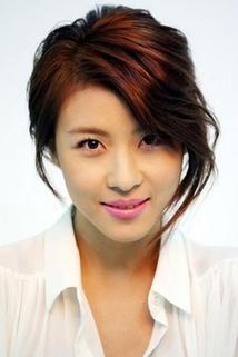 Ji Won Ha