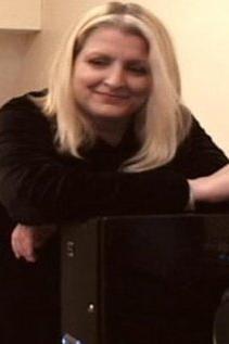 Julia Fay