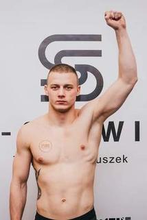 Kamil Krzewina
