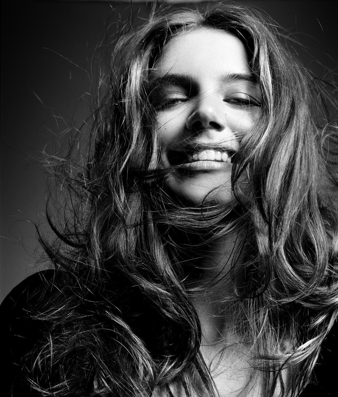 Katie Noelle Holmes