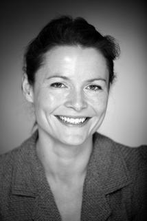 Katrine Bach