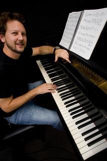 Kenneth Burgomaster