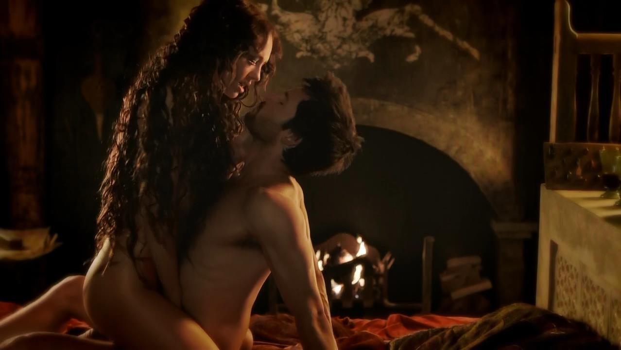 Сексуальные сцены в фильмах с барменшей 1