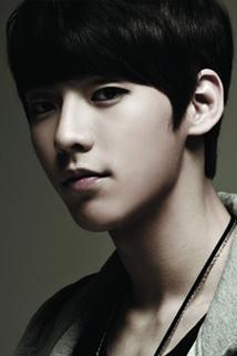 Lee Min Hyuk