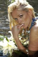 Lucy Zara