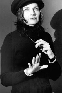 Lynne Stopkewich