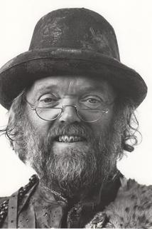 Malcolm Dixon