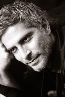 Sebastian Cavazza