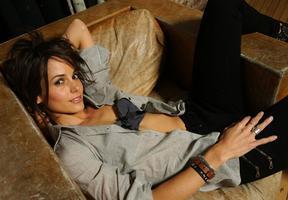 Stephanie Szostak