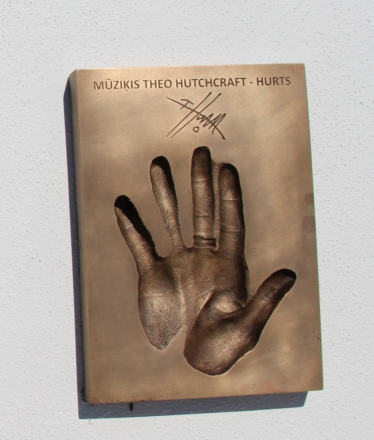 Theo Hutchcraft