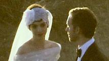 Anne Hathaway se o víkendu vdala