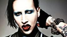 Zpěvák Marilyn Manson zkolaboval během svého koncertu
