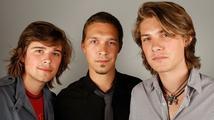 Pamatujete na trio Hanson?  Neuvěříte, co dělají dnes!