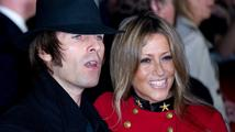 Frontman skupiny Oasis Liam Gallagher má nemanželské dítě