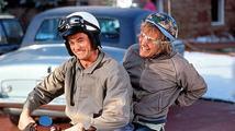 Komik Jim Carrey oznámil pokračování bláznivé komedie Blbý a blbější!
