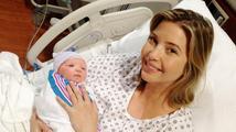 Milionářská dcera Ivanka Trump porodila syna a ukázala svou překrásnou dceru