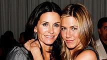 Ze seriálu vzniklo přátelství na celý život. Cox a Aniston se mají rády