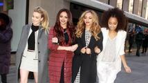 Little Mix v rámci Sport Relief navštívili Libérii