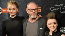 "Herečky z Hry o trůny Maisie Williams a Sophie Turner: Opravdu stylové ""sestry""!"