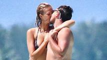 Leonardo DiCaprio a Toni Garrn si užívali na Bora Bora