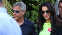 Amal Alamuddin, snoubenka George Clooneyho, se pochlubila nádherným zásnubním prstenem